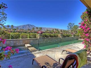 Cozy House with Internet Access and Private Outdoor Pool - La Quinta vacation rentals