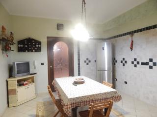 Cozy 2 bedroom Condo in Crotone - Crotone vacation rentals