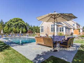 CHU10 - Designer Luxury Katama, Heated Pool, Bluestone Patios, Private Decks, Situated just 1 mile to South Beach and 1.5 miles to Village Area - Edgartown vacation rentals