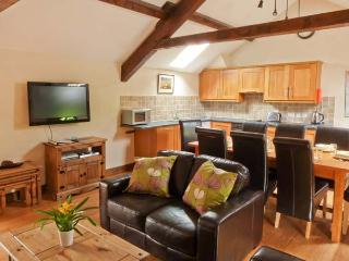 MOUNT COTTAGE, charming cottage on working farm, WiFi, beautiful scenery, great touring base, in Tebay, Ref. 915761 - Tebay vacation rentals