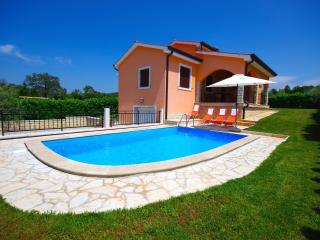 3 bedroom Villa with Internet Access in Vrsar - Vrsar vacation rentals