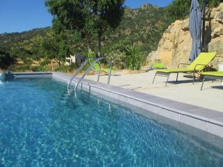Extremadura country house, lovely views & pool - Montanchez vacation rentals