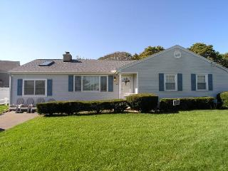 Lovely House with Internet Access and Porch - West Dennis vacation rentals