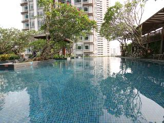 fantastic view over the city of bangkok in the centrum - Bangkok vacation rentals