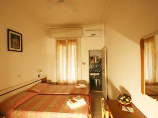 Nice B&B with Internet Access and A/C - Rimini vacation rentals
