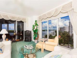 Waterside 152, 5th Floor, Gym, Elevator, Heated Pool - Fort Myers Beach vacation rentals