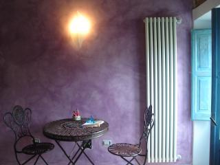 Antica casa a Montenero Valcocchiara - Campobasso vacation rentals