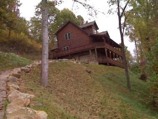 Bountiful Views, 3 br 4 ba, sleeps 8 Big porch - Waynesville vacation rentals