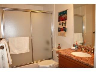 large 239391-missionbayhideaway-019-1380021574 - 809 Vanitie Ct. - Pacific Beach - rentals