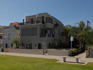 3670 Bayside Walk - Pacific Beach vacation rentals