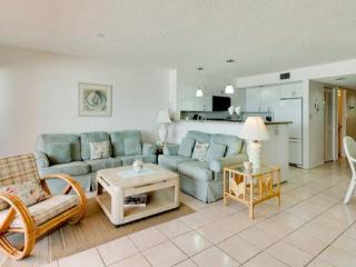 Coquina Beach Club 102 - Bradenton Beach vacation rentals