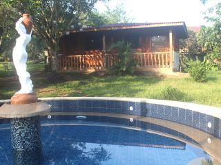 Cozy 1 bedroom Tagaytay Bungalow with Deck - Tagaytay vacation rentals