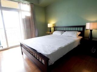 One Bedroom Vacation Rental Overlooking Manila Bay - Manila vacation rentals