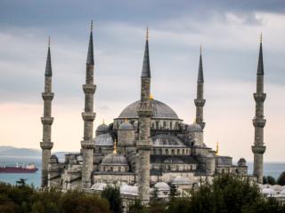 Economi̇c Double Room - Istanbul vacation rentals