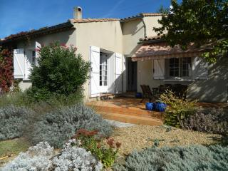 Les Lauriers, 4-bedroom Villa in Lovely, Lively Limoux! - Limoux vacation rentals