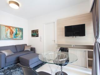 1 bedroom Apartment with Balcony in Sao Paulo - Sao Paulo vacation rentals