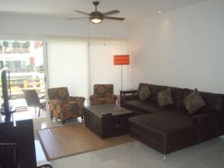 GOOD PRICE SABBIA 2 bedrooms downtown - Playa del Carmen vacation rentals