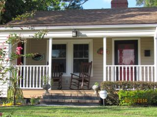 Central Florida-Winter Park/College Park Bungalow - Geneva vacation rentals