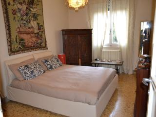 Bright Condo with Internet Access and Dishwasher - Florence vacation rentals