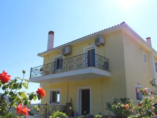 Perfect 2 bedroom Vacation Rental in Agia Efimia - Agia Efimia vacation rentals