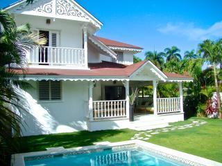 *Lovely Villa at Playa Las Ballenas and Town* - Las Terrenas vacation rentals