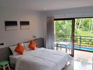 Beautiful Condo with Internet Access and A/C - Surat Thani vacation rentals