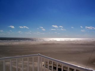 Oceanview Condo For Rent... Sleeps Six!!! - Wildwood Crest vacation rentals