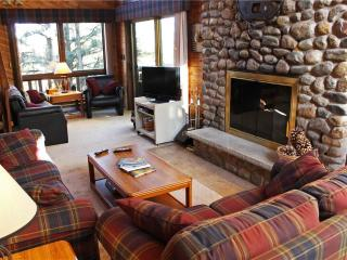 Located at Base of Powderhorn Mtn in the Western Upper Peninsula, A Spacious Trailside Home with Large Stone Fireplace, Indoor H - Ironwood vacation rentals