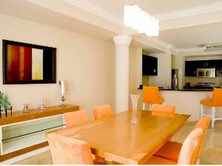 Oceanside Suite Vip Lifestyle Resorts - Woodston vacation rentals