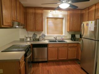 Absolute Retreat-Jacuzzi, Pool Table, Ping-Pong! - Massanutten vacation rentals