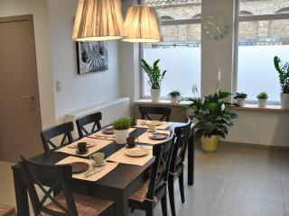 Cozy 3 bedroom House in Ypres with Internet Access - Ypres vacation rentals