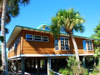 085-Gulf Breeze Cottage - Captiva Island vacation rentals
