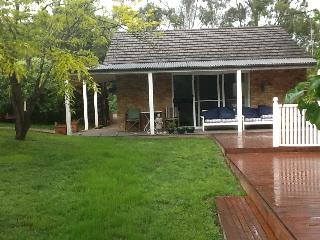 Cozy Ringwood Studio rental with Deck - Ringwood vacation rentals