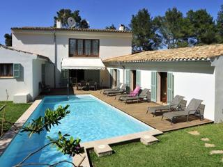 Villa Gotmar -  modern and spacious villa walking distance from  the beach - Port de Pollenca vacation rentals