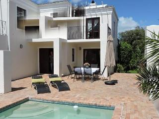 4 bedroom Holiday House in Cape Town / Hout Bay - Hout Bay vacation rentals