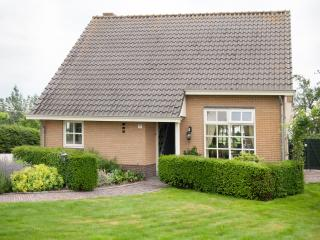 Nice Condo with Internet Access and Outdoor Dining Area - Utrecht vacation rentals
