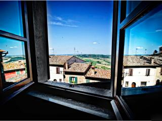 Camere Bellavista - Camera 02 - Montepulciano vacation rentals