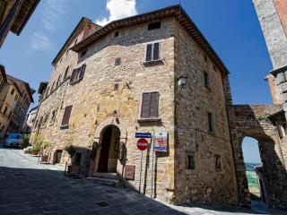 Camere Bellavista - Camera 01 - Montepulciano vacation rentals