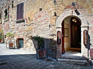 Camere Bellavista - Camera 03 - Montepulciano vacation rentals