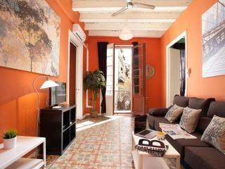 MARY 2, BORN AREA, 5 mins walk to Ramblas&Beach! - Barcelona vacation rentals