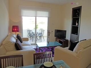APARTMENT LILY - DISCOUNTS AVAILABLE - Protaras vacation rentals