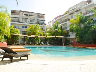 Downtown, Great Pool, Wi-Fi, Elevators, Sabbia - Playa del Carmen vacation rentals