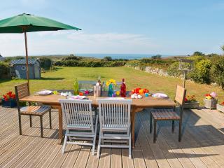 Bretagne - Pointe du Raz : Maison face à la mer - Plogoff vacation rentals