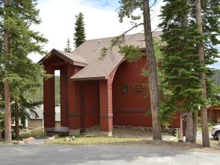 Discount Beautiful Baldy Mountain Home-Private hot tub-Best prices-Save 20% today! - Summit County Colorado vacation rentals