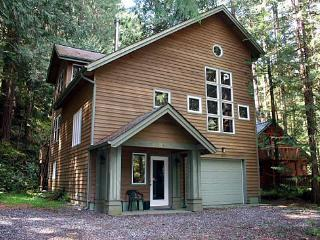 51SL Executive Style Cabin with a Game Room - Glacier vacation rentals
