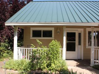 Country Cottage Apartment - Ashland vacation rentals