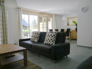 Comfortable 2 bedroom Lauterbrunnen Apartment with Internet Access - Lauterbrunnen vacation rentals