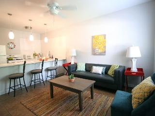 The Mellow Yellow #1 - 2BR/1BA Updated Casita -Walk to South Lamar and Zilker - Austin vacation rentals