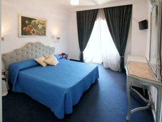Casa Vacanze Felicita - Rome vacation rentals