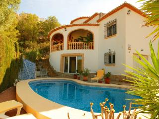 Private Sea View Luxury Villa+sleeps 8+pool+TV/Int - Pedreguer vacation rentals